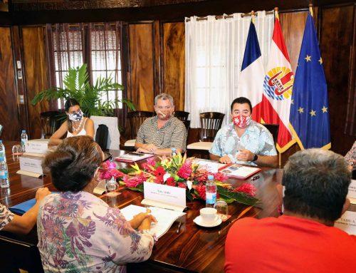 Le Vice-président présente le Plan de relance aux présidents des comités de gestion et aux professionnels de la perliculture